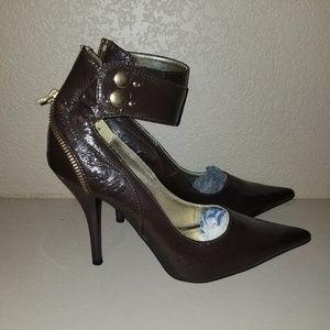 *NEW* Brown Heels Sz 7